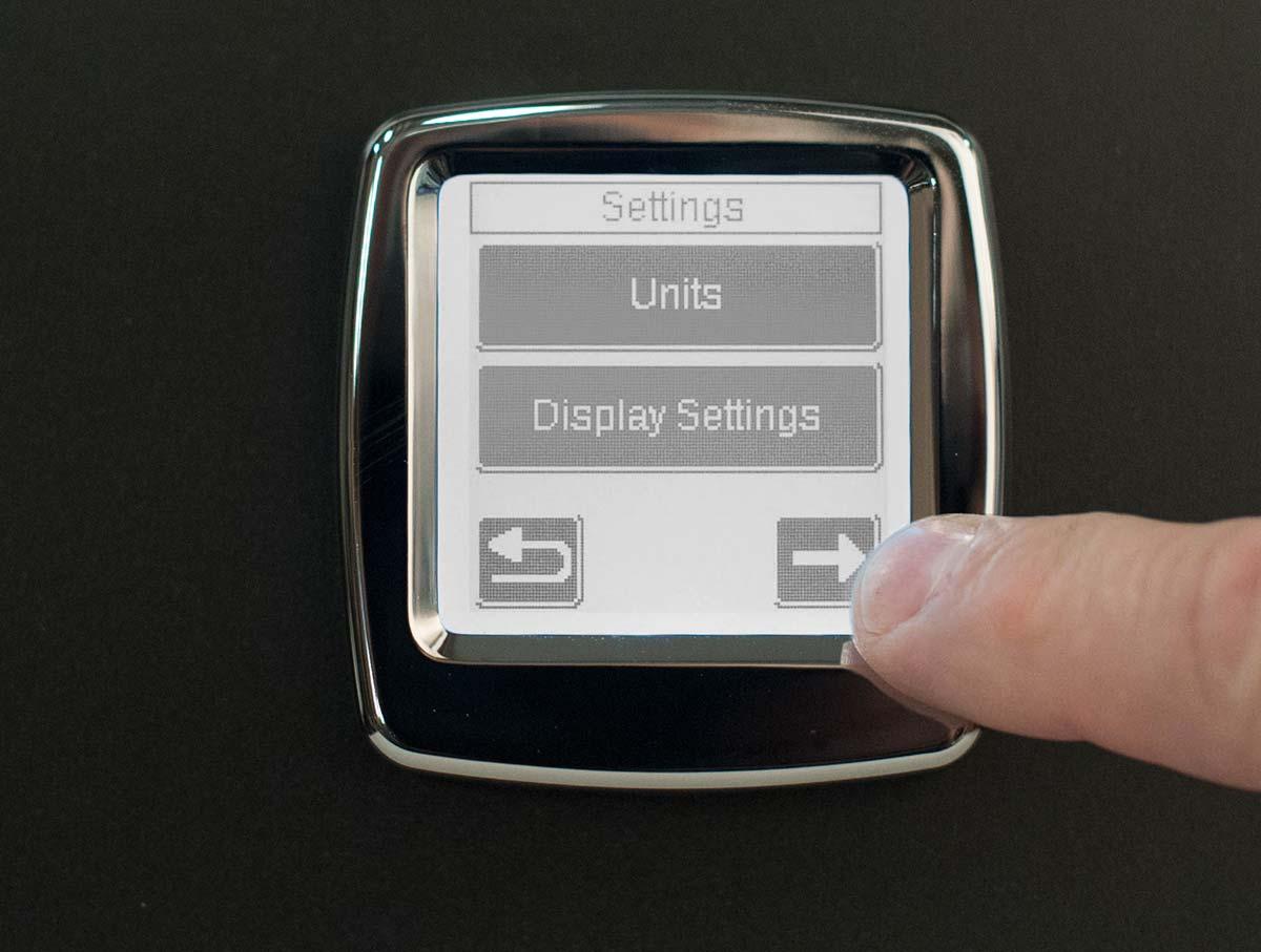 calibrate-interior-digital-202-series_3