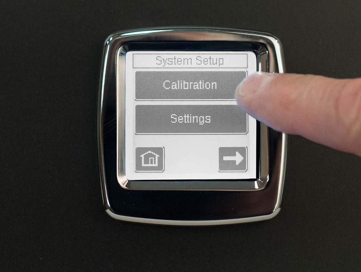 calibrate-interior-digital-202-series_4